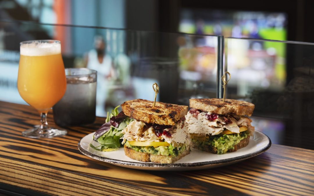 Banners Kitchen & Tap Launches Weekday Lunch Service Starting  at 11 a.m. on Monday, November 25th